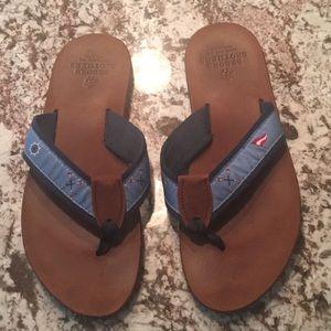 Brooks Brothers Shoes   Mens Flip Flops